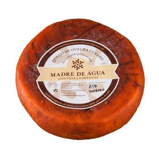 Schafskäse gereift mit Paprika ca. 750 gr