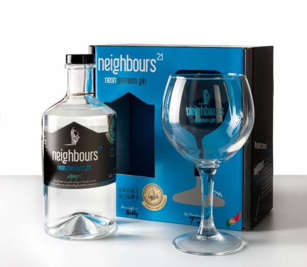 Gin Neighbours21 46% Präsent mit Glas